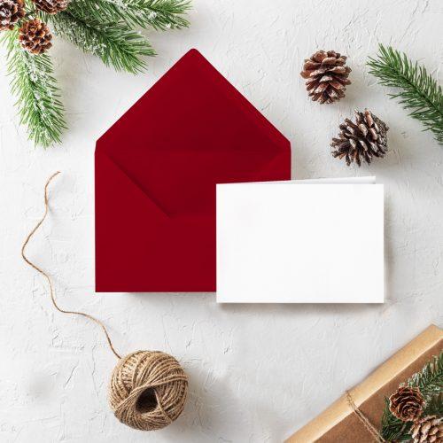 Roter Briefumschlag von Grünstich Papeterie