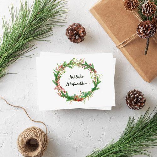 Postkarte Weihnachtskranz Rote Beeren